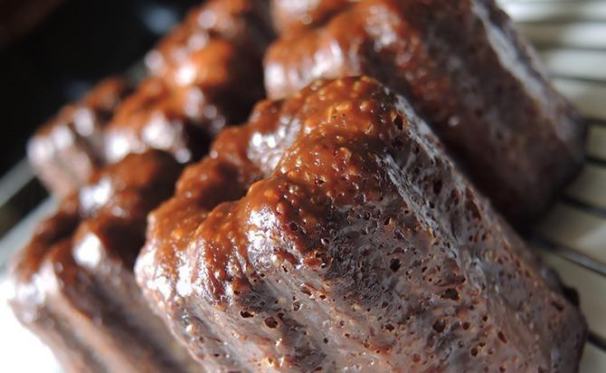 お取り寄せ(楽天) 大人気のフランス伝統菓子カヌレ★ カヌレ ・ド・ボルドー 10個入 価格3,888円 (税込)